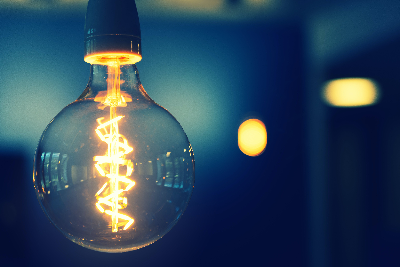 Gratis arkivbilde med elektrisk strøm, filament, glasselementer, lyspære