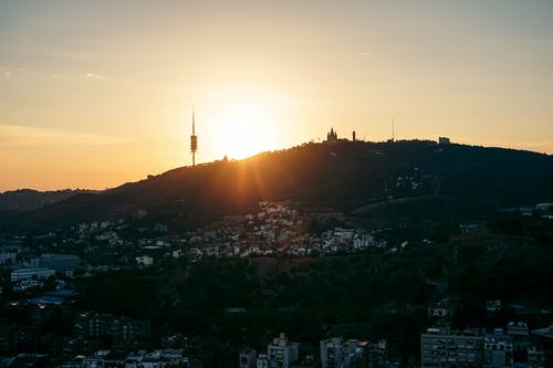 Бесплатное стоковое фото с апельсин, архитектура, Барселона, вечер