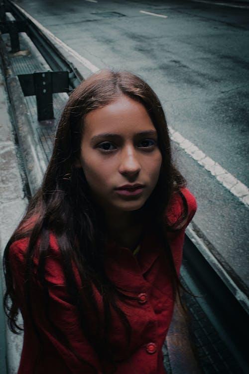 Ingyenes stockfotó arckifejezés, aszfalt, divat, fiatal témában