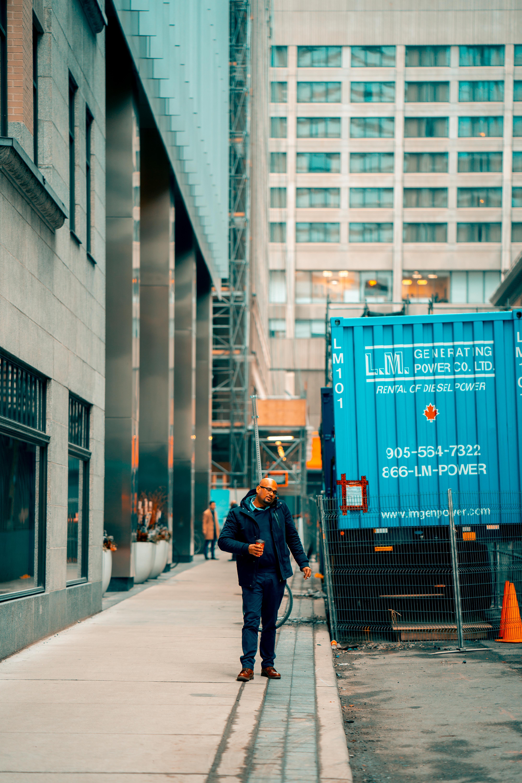 คลังภาพถ่ายฟรี ของ กลางวัน, คน, ตึก, ถนน