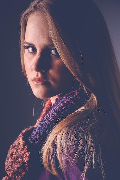 Gratis stockfoto met aantrekkelijk mooi, meisje, portret, portret fotografie