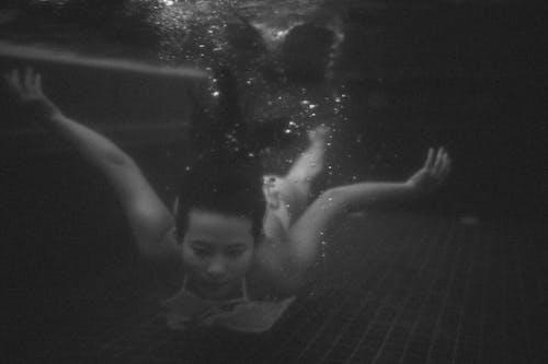Бесплатное стоковое фото с плавание