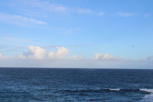 Free stock photo of Blue ocean, horizon