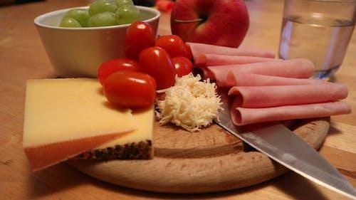 Ảnh lưu trữ miễn phí về Ăn, bữa ăn, cà chua, dao cắt bánh mì