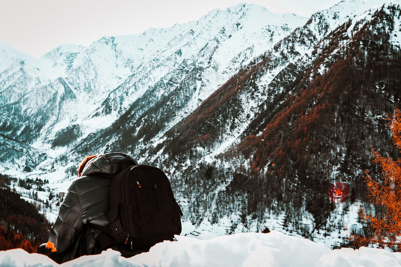 Kostnadsfri bild av bakifrån, berg, bergsklättring, bergstoppar