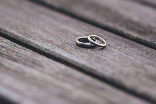 Ảnh lưu trữ miễn phí về cận cảnh, gỗ, hai giai điệu, kết hôn