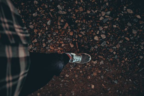 Fotobanka sbezplatnými fotkami na tému biela, červená, cesta, cestička