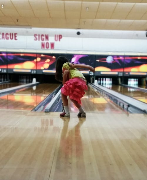 Free stock photo of bowling, kid, little girl, pink skirt
