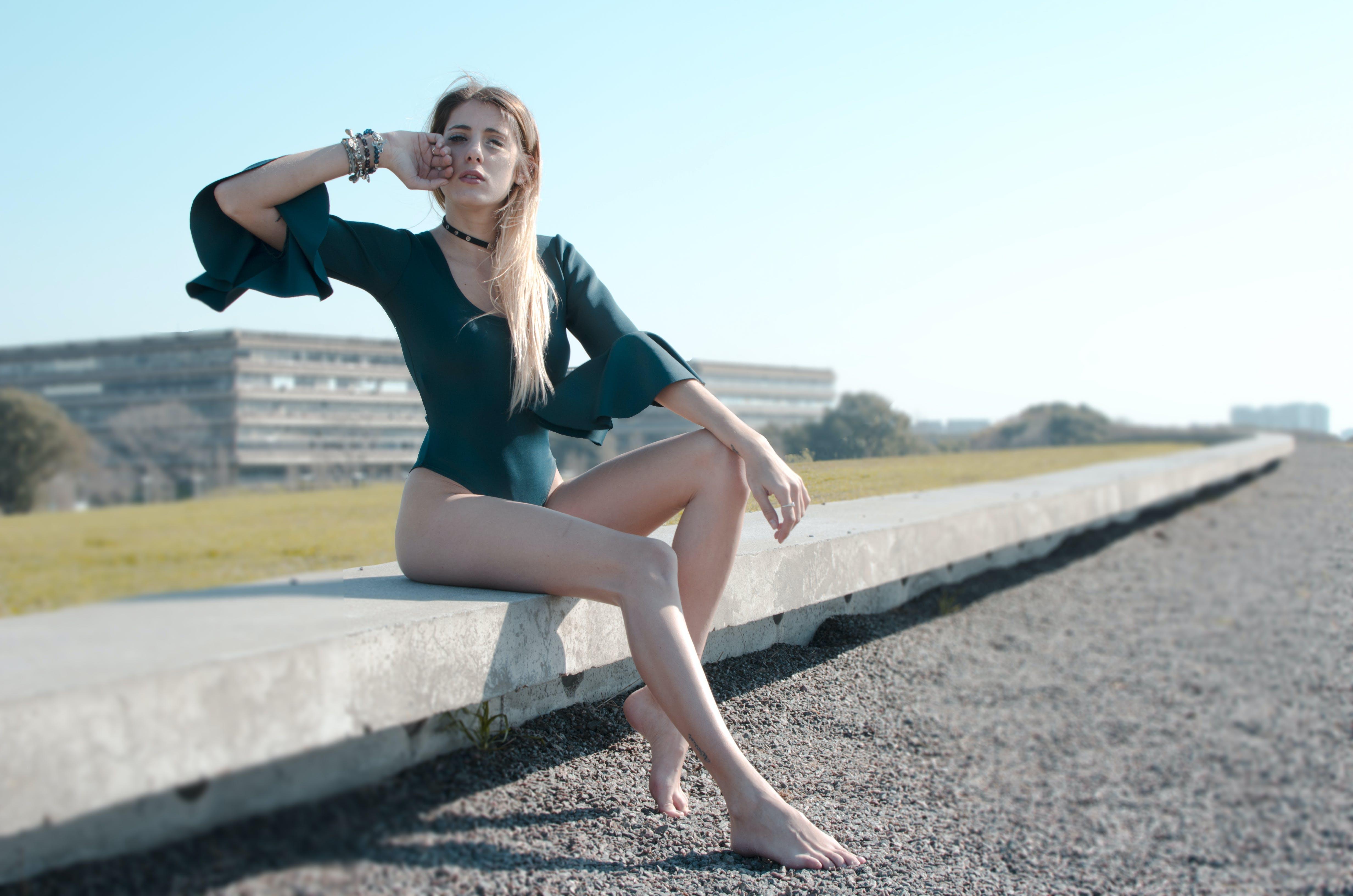 Darmowe zdjęcie z galerii z blond, body, czas wolny, kobieta
