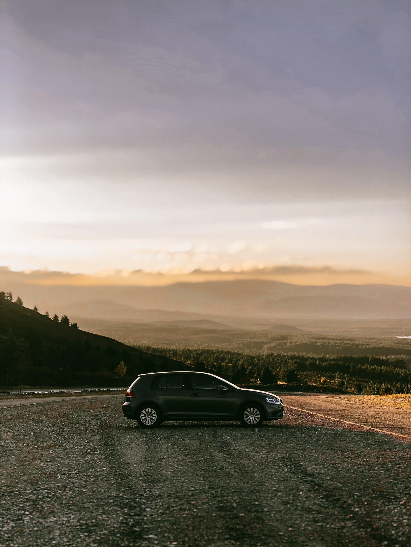 Ingyenes stockfotó autó, fák, fény, hajnal témában