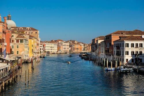 Ảnh lưu trữ miễn phí về bờ sông, các tòa nhà, cơ thể của nước, con kênh