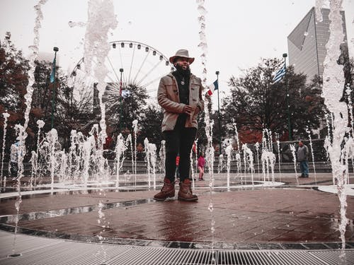 Fotos de stock gratuitas de agua, atuendo, ciudad, de moda