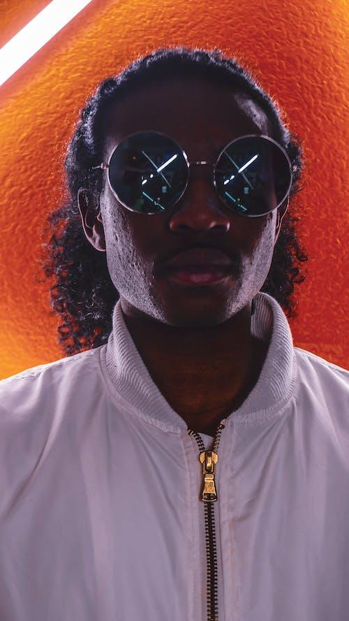 Základová fotografie zdarma na téma brýle, černoch, focení, model