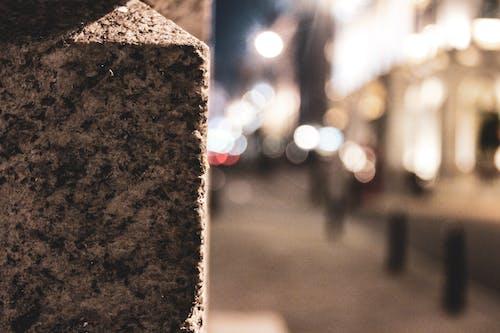 Foto d'estoc gratuïta de llums de la ciutat, maó