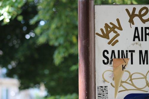 Foto d'estoc gratuïta de carrer, graffiti, signe