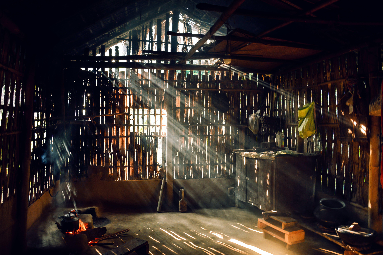 Foto d'estoc gratuïta de graner, llum del sol, rústic