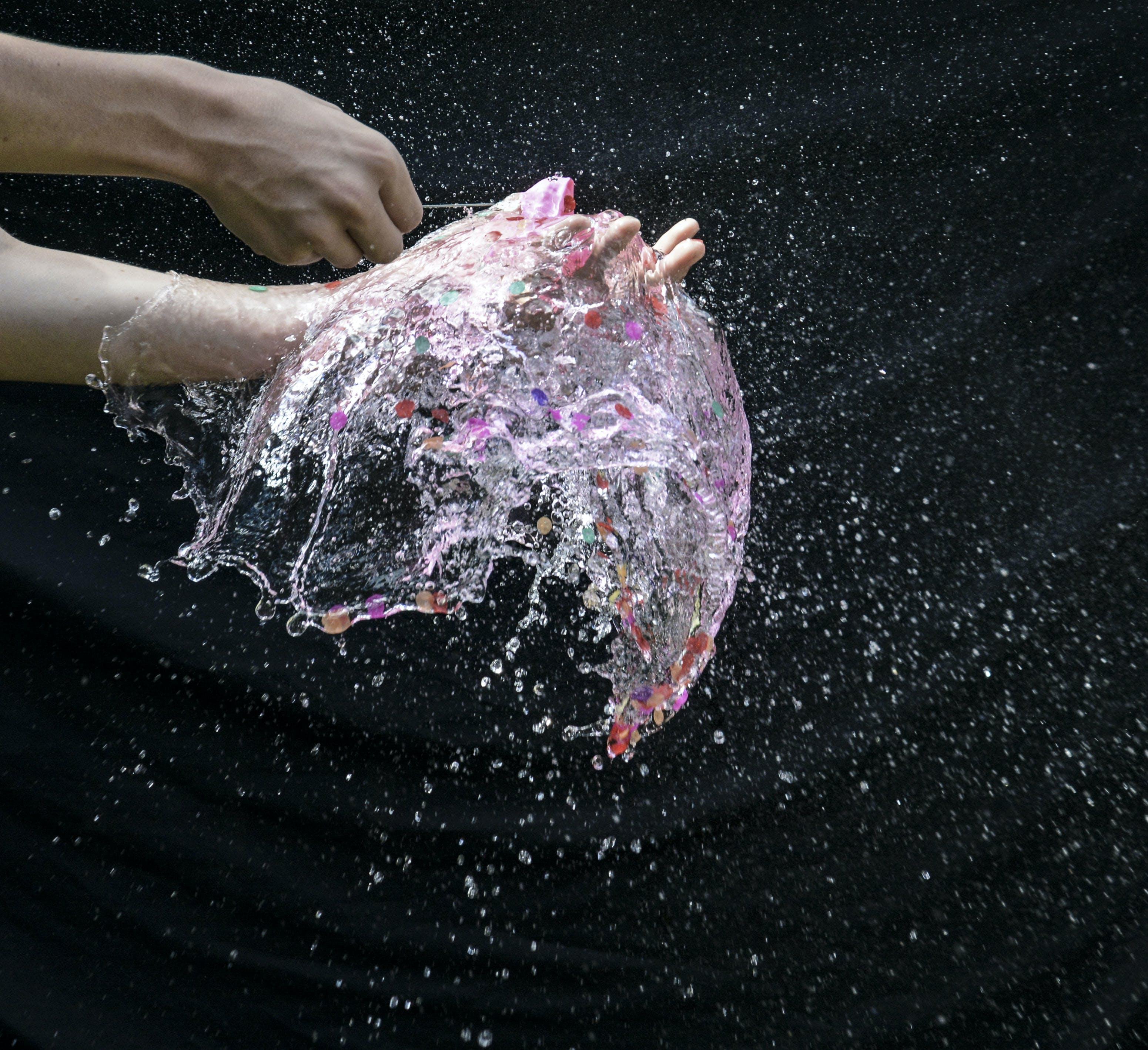 Fotobanka sbezplatnými fotkami na tému balón, časozberný, dlhá expozícia, ruka