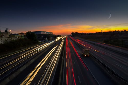 Photos gratuites de accéléré, asphalte, photo en time-lapse, route