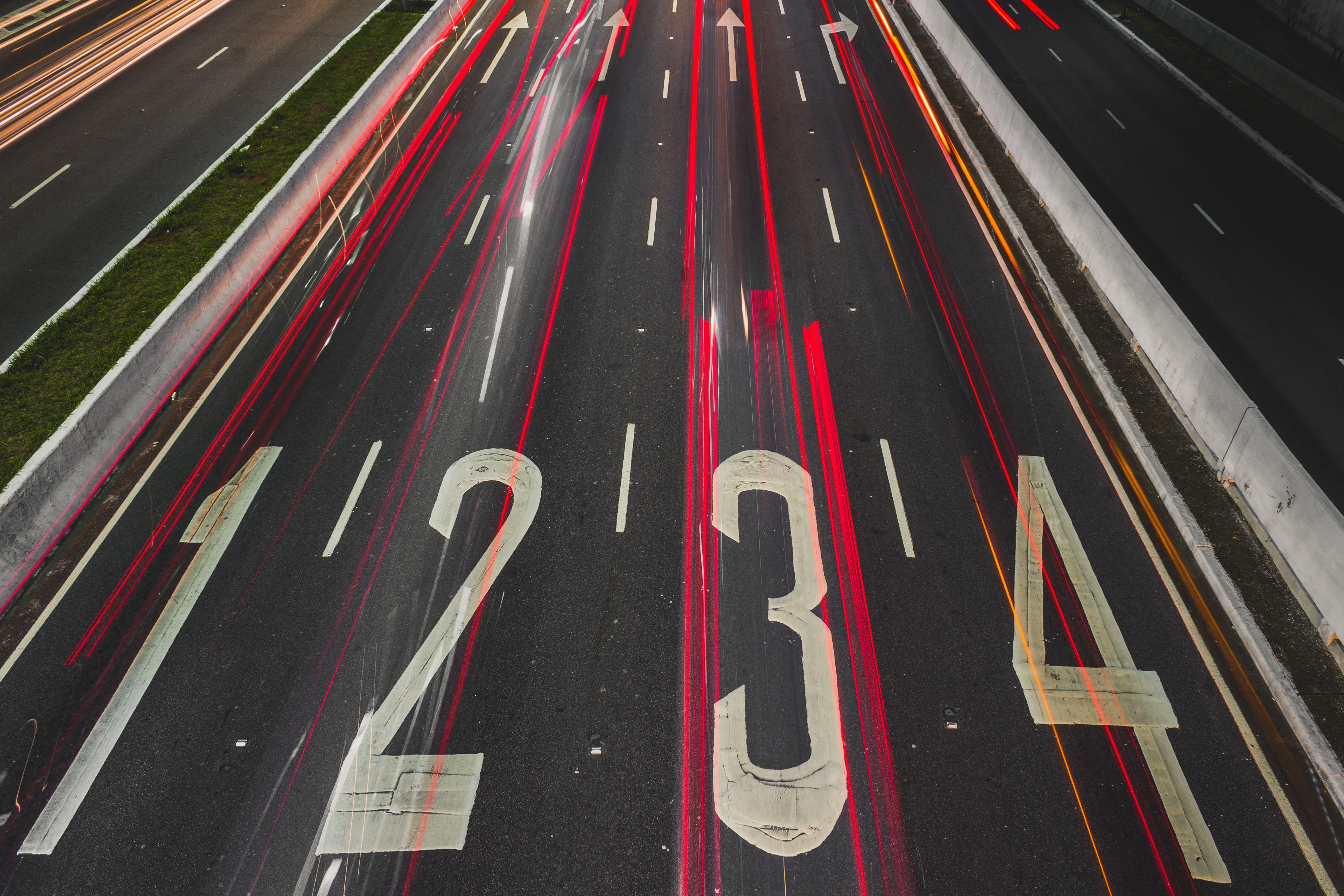 Kostenloses Stock Foto zu asphalt, autobahn, beratung, bewegung