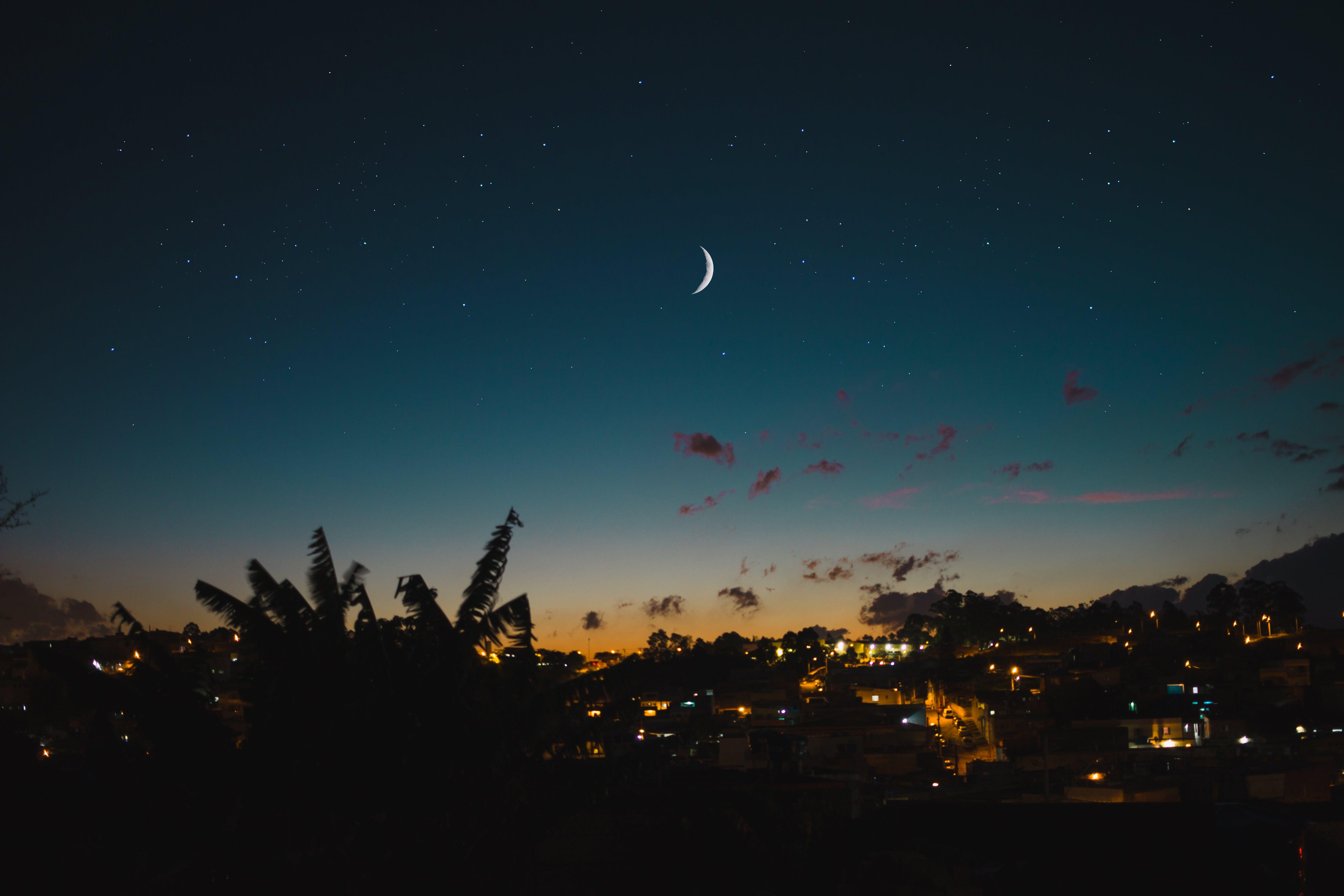 Δωρεάν στοκ φωτογραφιών με Νύχτα, οπίσθιος φωτισμός, ουρανός, σελήνη