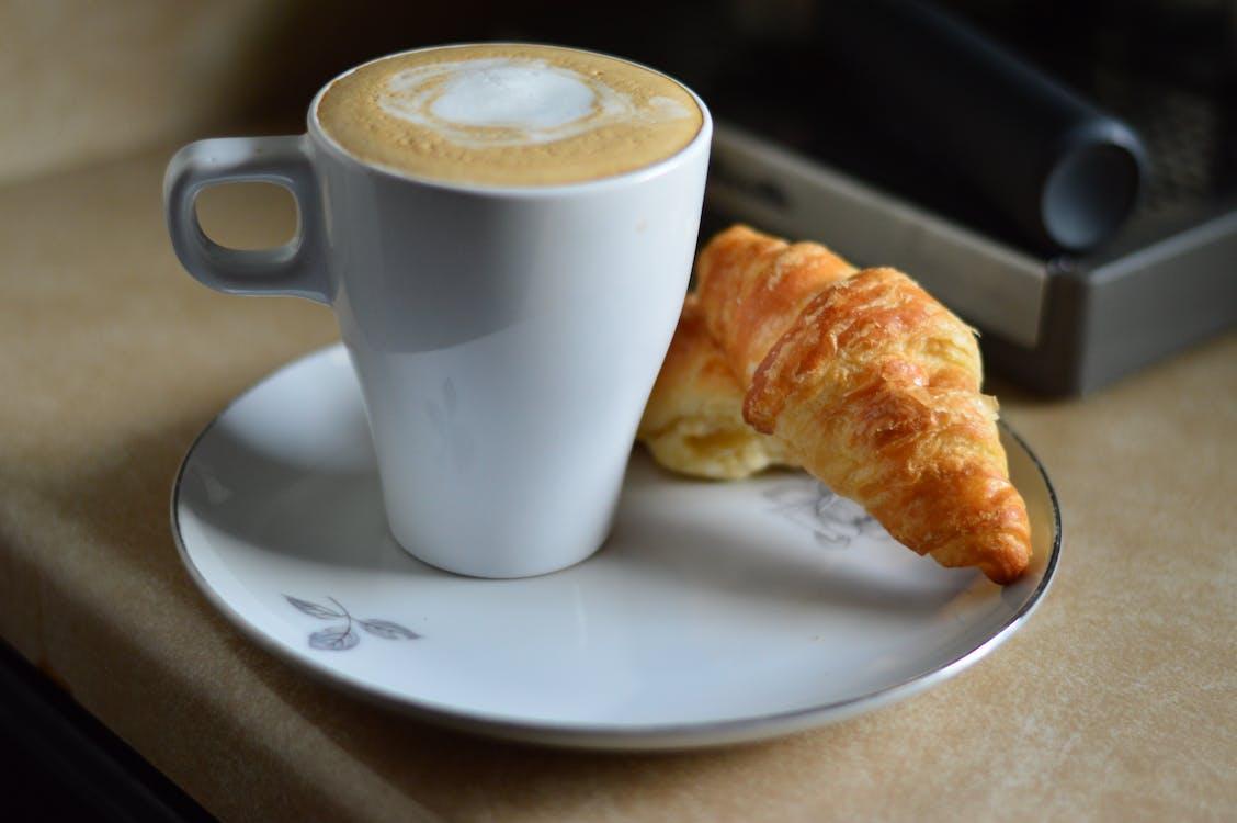 Foto d'estoc gratuïta de brunch, cafè, cafè negre