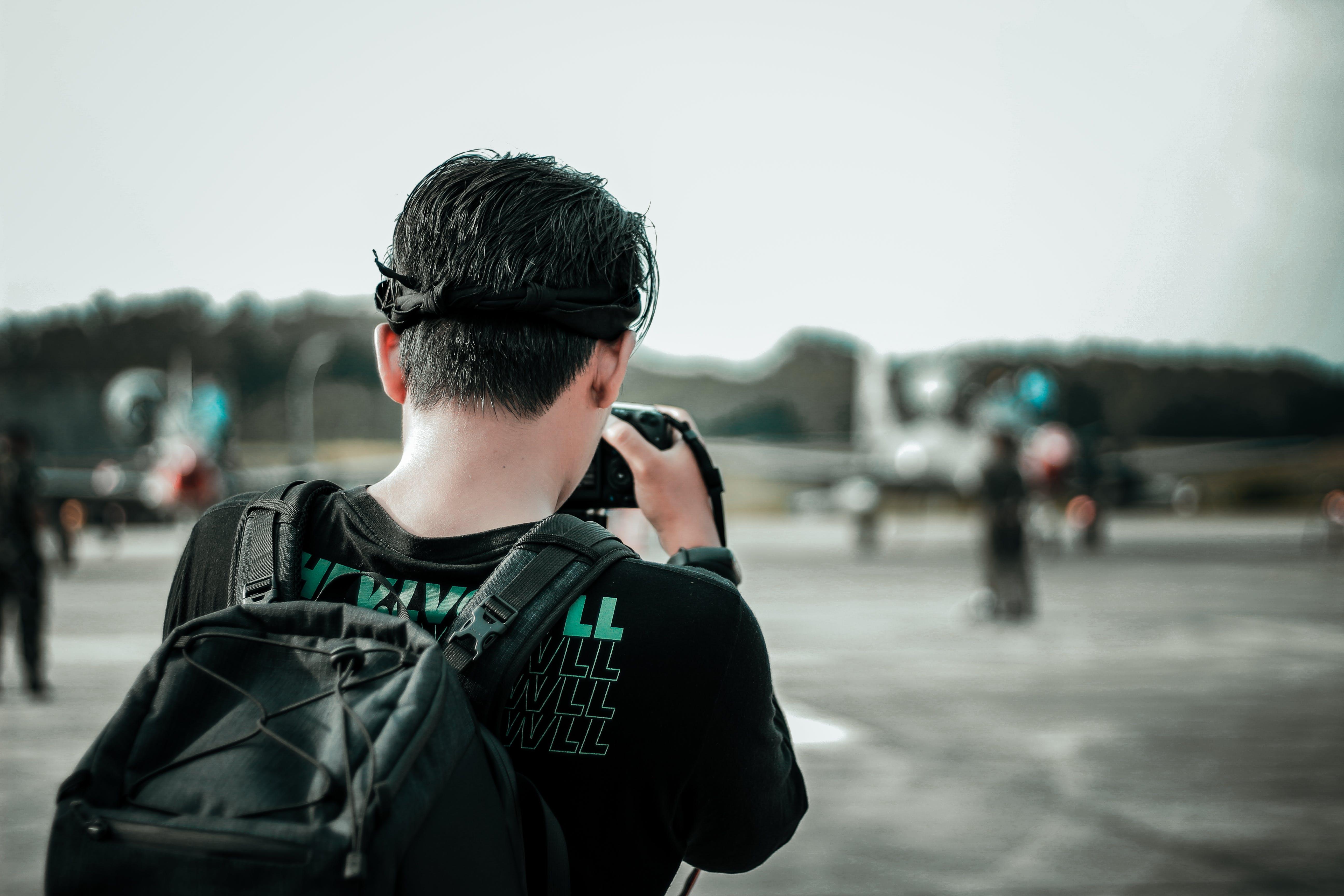 Základová fotografie zdarma na téma batoh, dospělý, focení, fotograf
