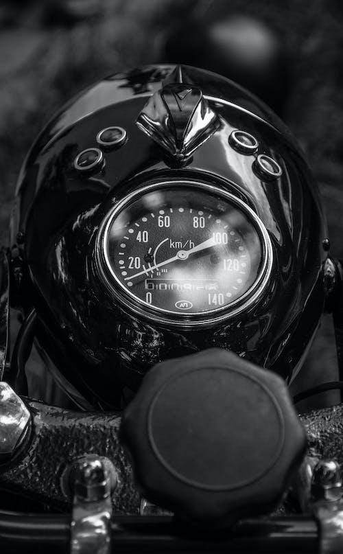 Ingyenes stockfotó fekete-fehér, sebességmérő, veterán kerékpár témában