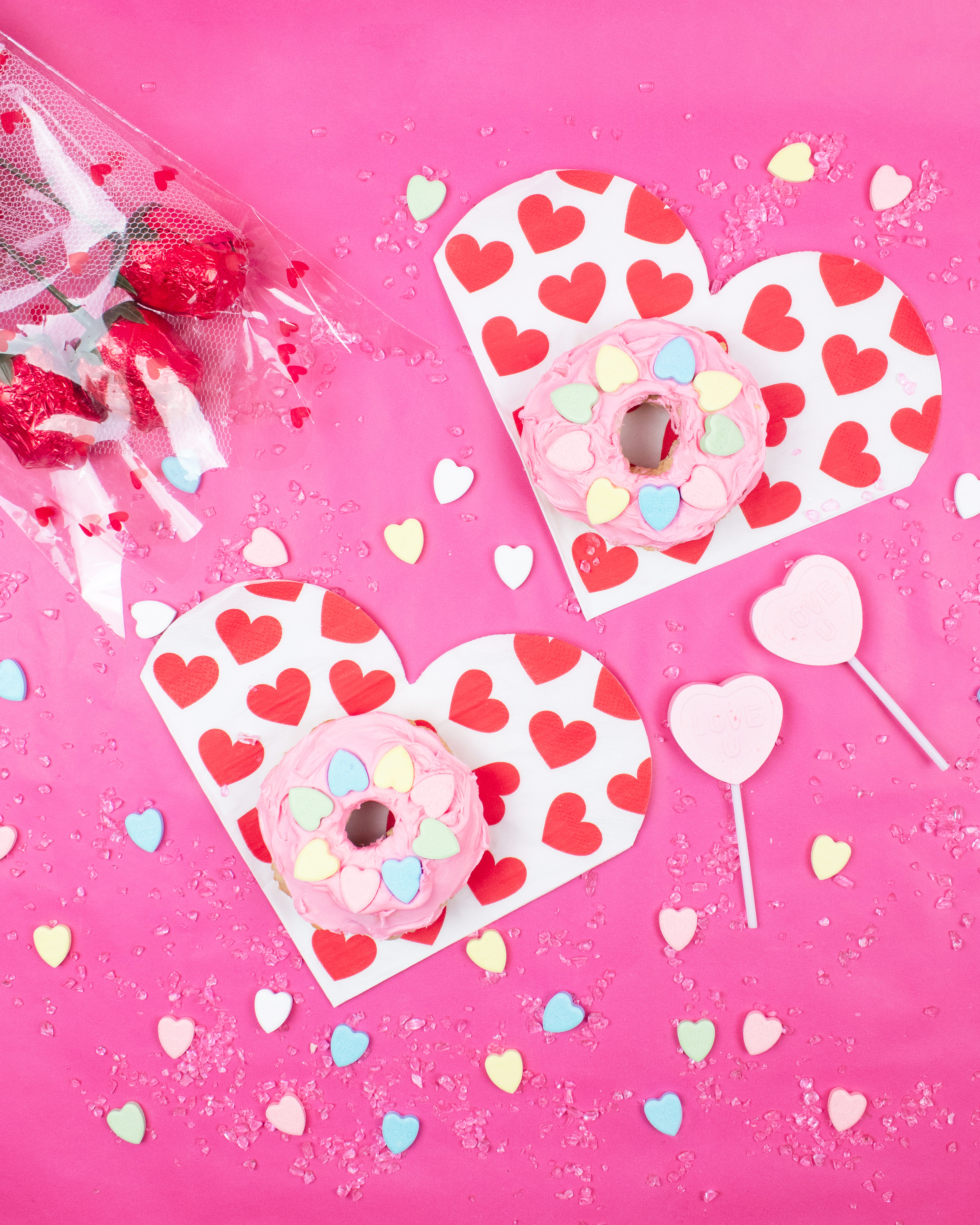White and Red Heart Print Cloths