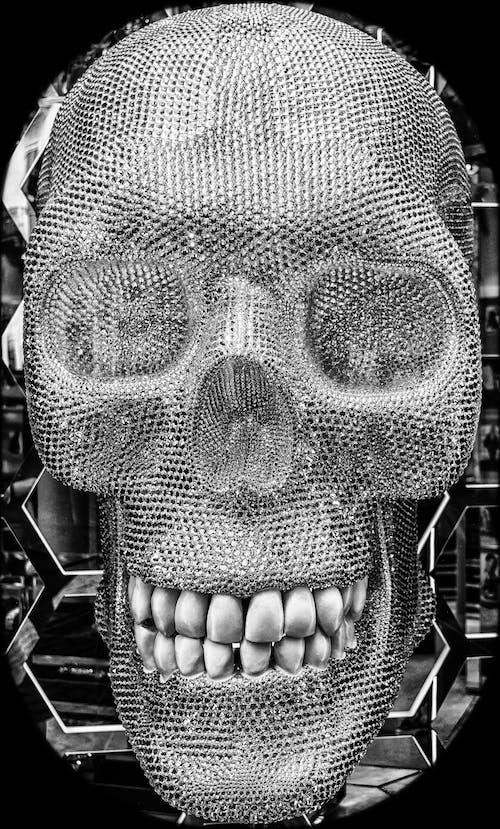 Darmowe zdjęcie z galerii z brokat, cenny, cyrkonie, czarno-biały
