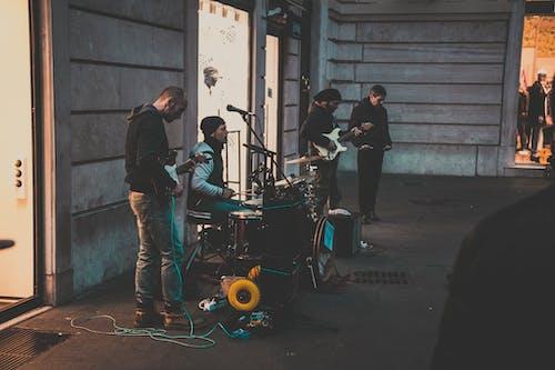 Fotobanka sbezplatnými fotkami na tému cesta, hudobná skupina, hudobníci, kapela