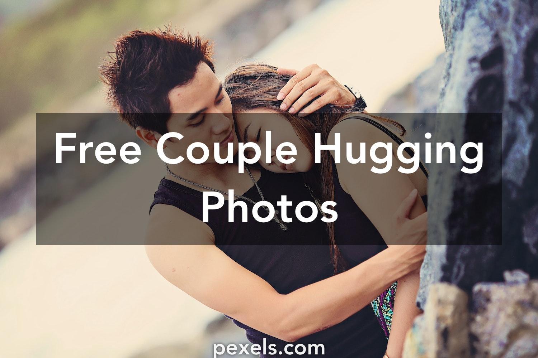43+ Most Romantic Love Couple Hug Wallpaper HD Terbaru
