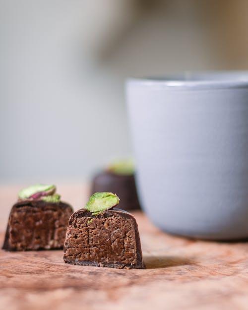 Základová fotografie zdarma na téma čaj, chutný, čokoláda, čokoládový dort
