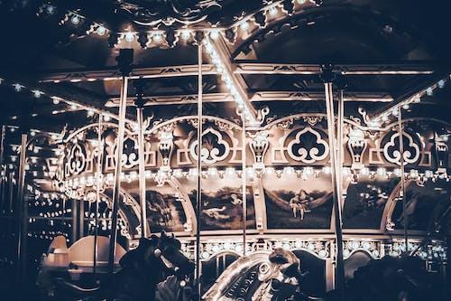 Gratis arkivbilde med atmosfære, karusell, lys