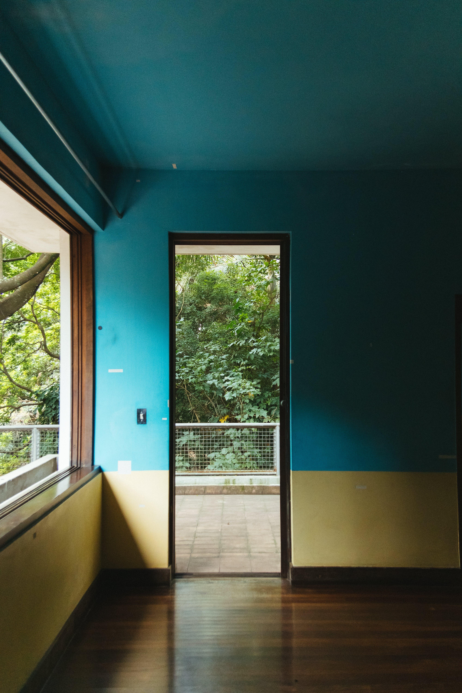 Δωρεάν στοκ φωτογραφιών με αδειάζω, εσωτερικοί χώροι, εσωτερικός χώρος, ηλιακό φως