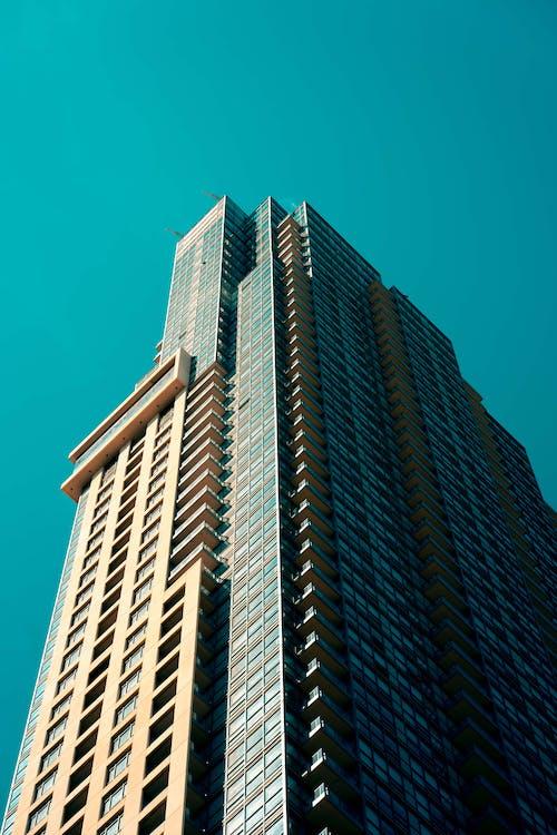 Základová fotografie zdarma na téma architektura, budova, fotografie znízkého úhlu, moderní architektura