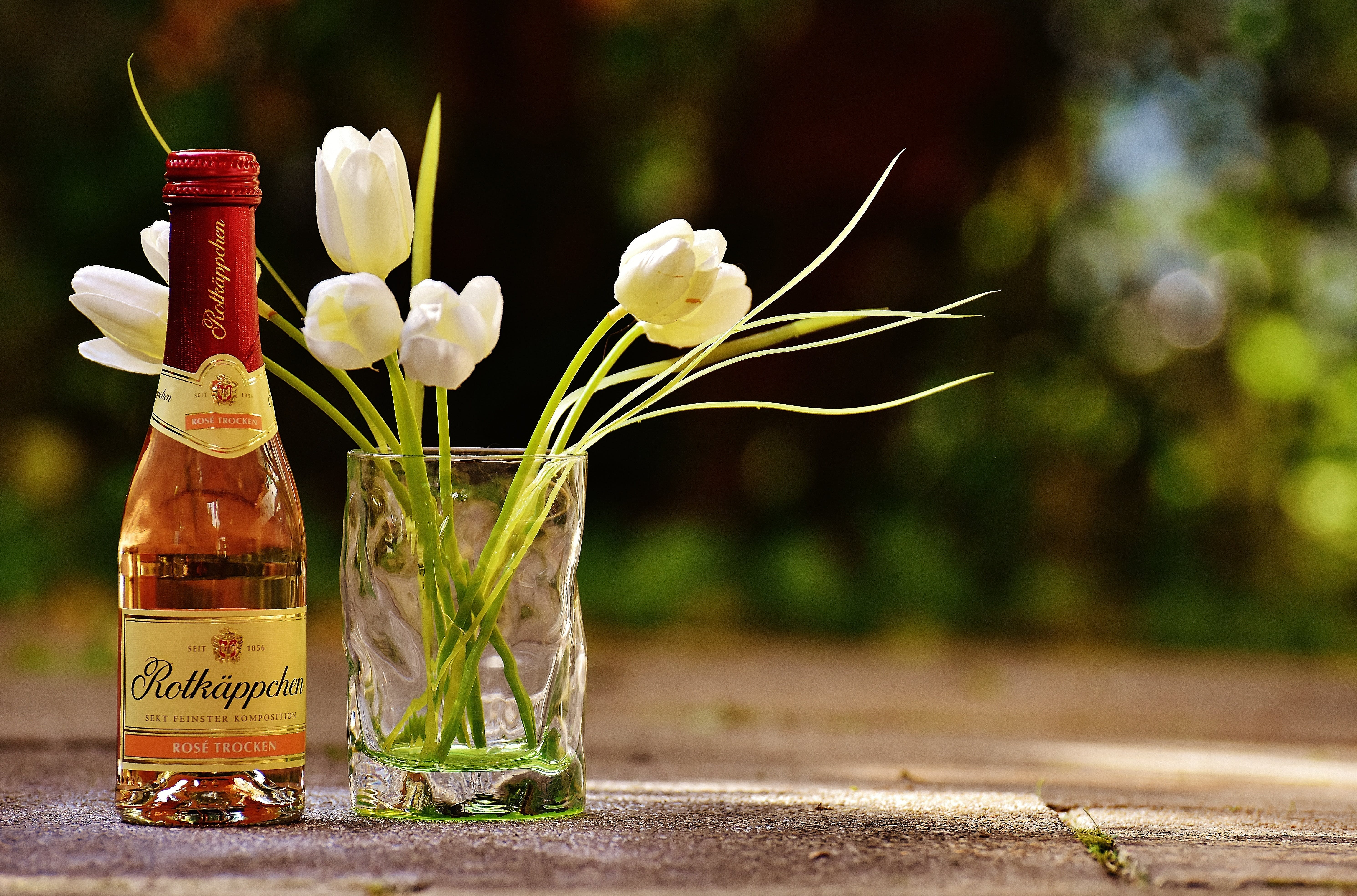 Free stock photo of flowers, alcohol, drink, glass