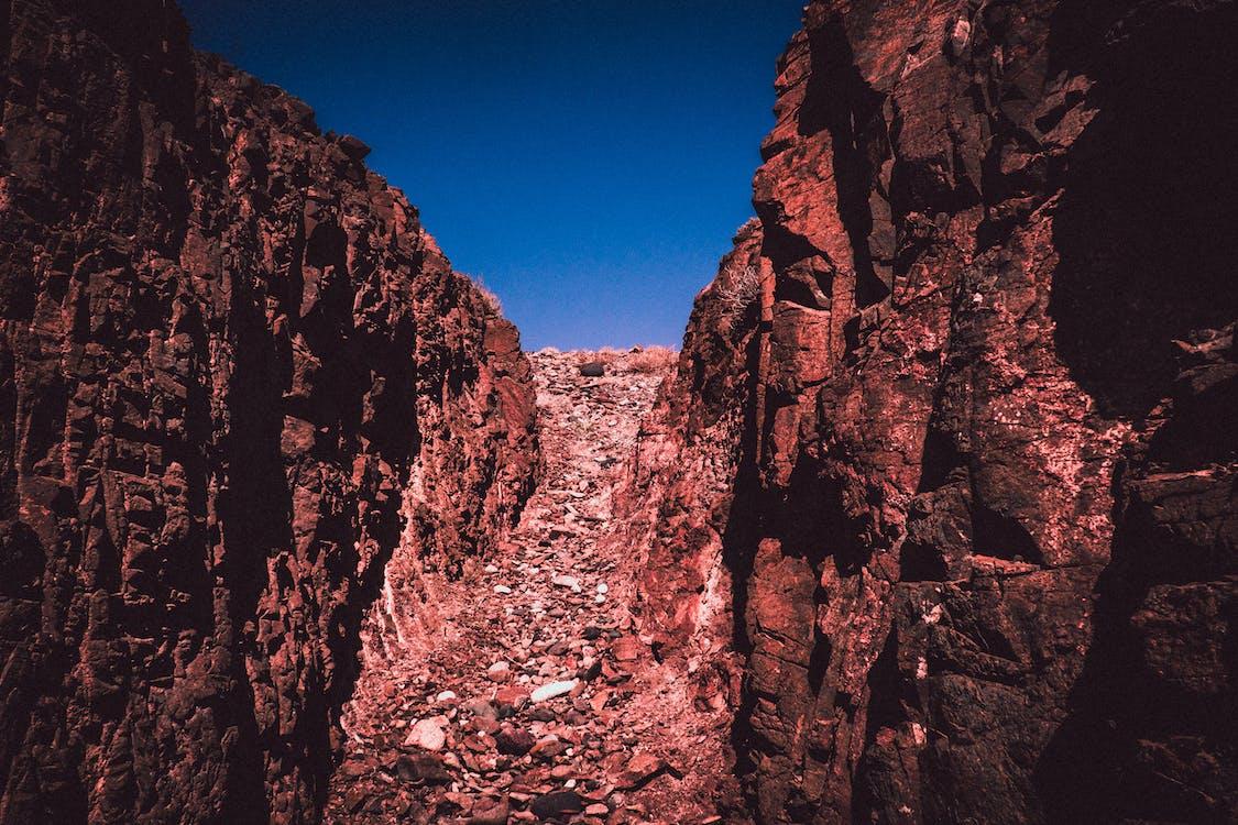 błękitne niebo, erozja, formacja geologiczna