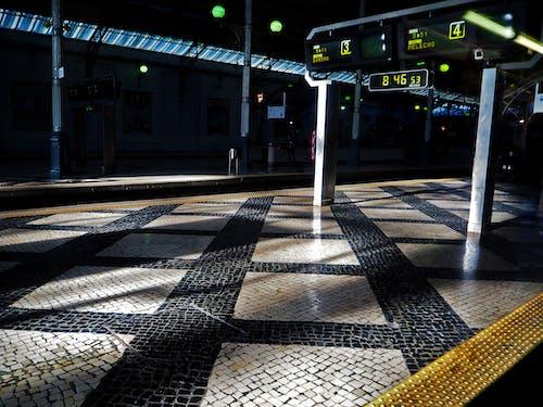 火車站平台 的 免費圖庫相片