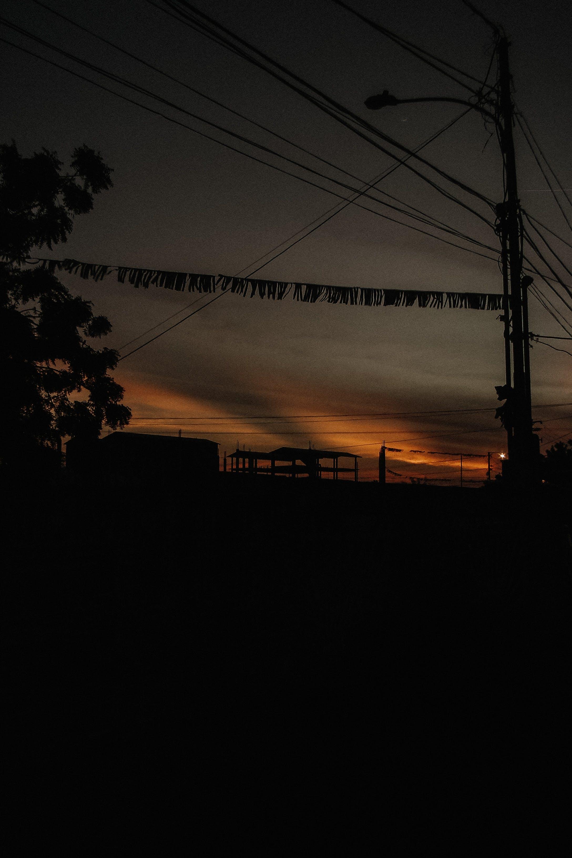 Foto d'estoc gratuïta de capvespre, fons de pantalla per al mòbil, fotografia de carrer, fotografia de natura