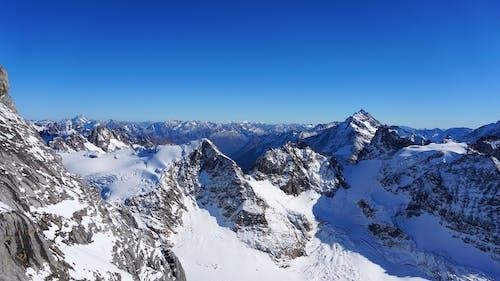 Immagine gratuita di montagne neve