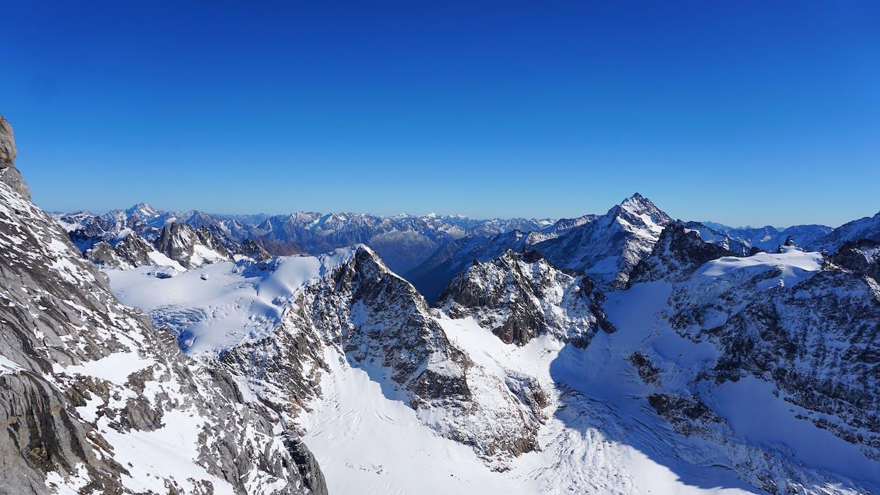 muntanyes de neu