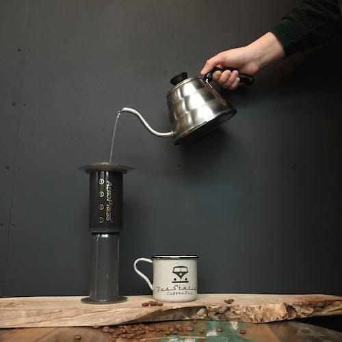 Fotos de stock gratuitas de acero, adentro, atractivo, batería de cocina