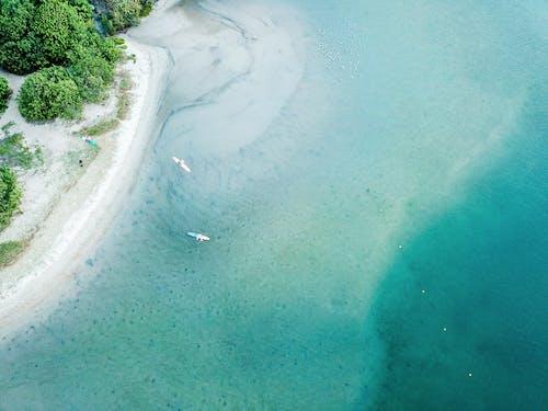 Безкоштовне стокове фото на тему «берег моря, берег океану, біля океану, вид із дрона»