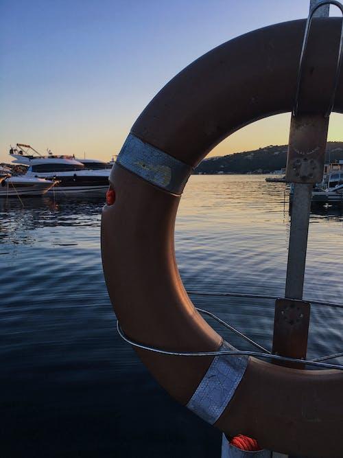 araç, cankurtaran, deniz, deniz aracı içeren Ücretsiz stok fotoğraf