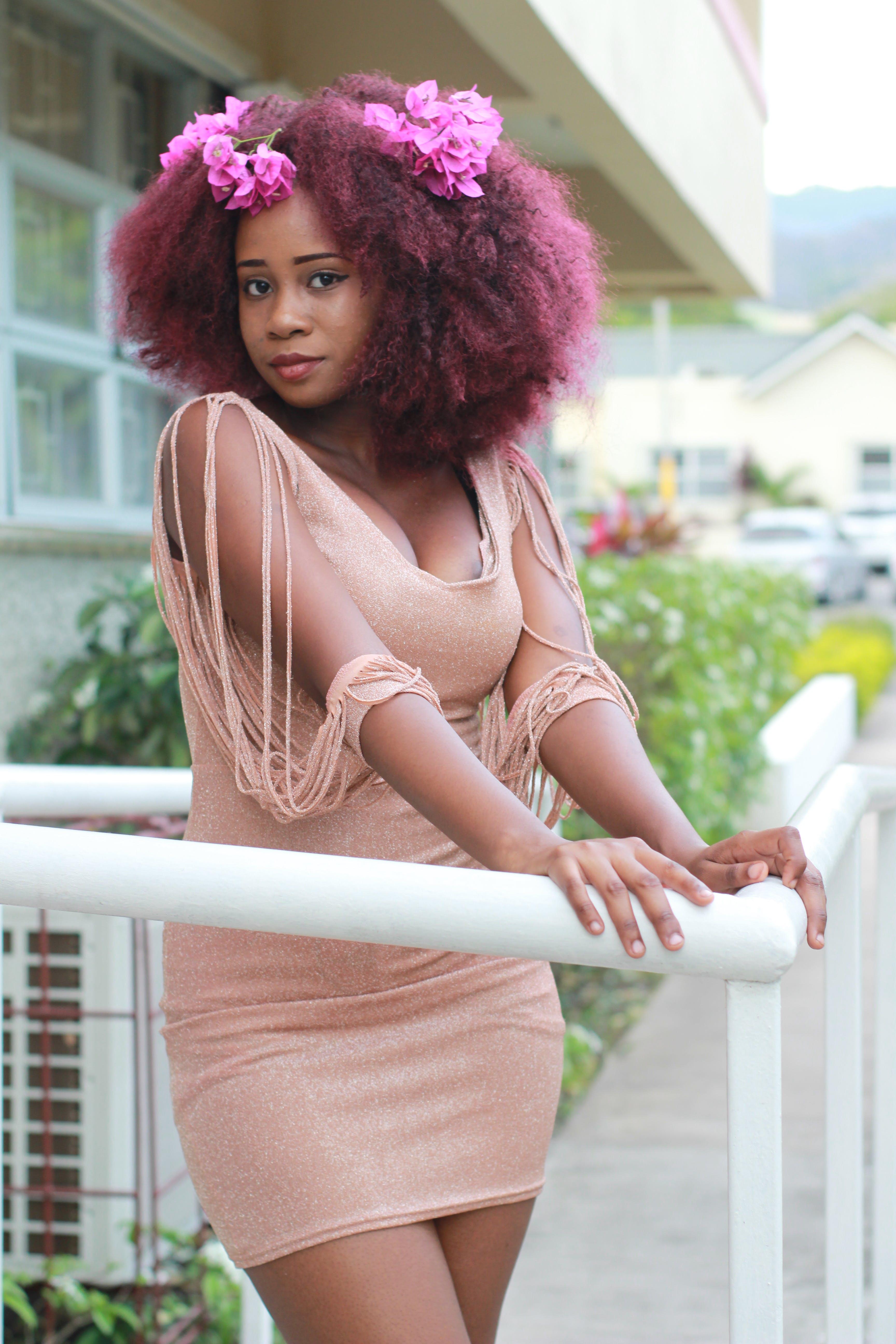 Безкоштовне стокове фото на тему «афро, афро-американська жінка, вираз обличчя, волосина»