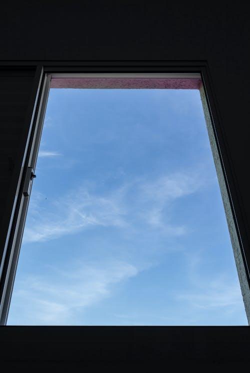Základová fotografie zdarma na téma architektura, jasný, lehký, modrá obloha