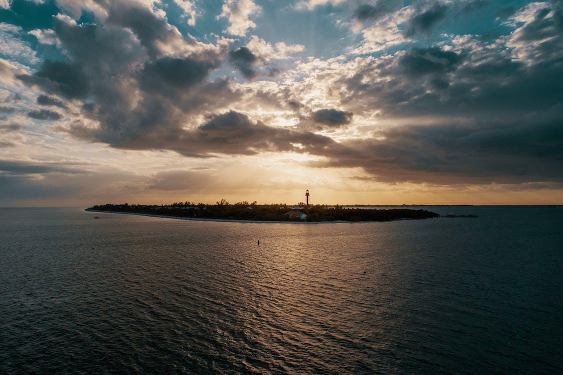 구름, 물, 바다