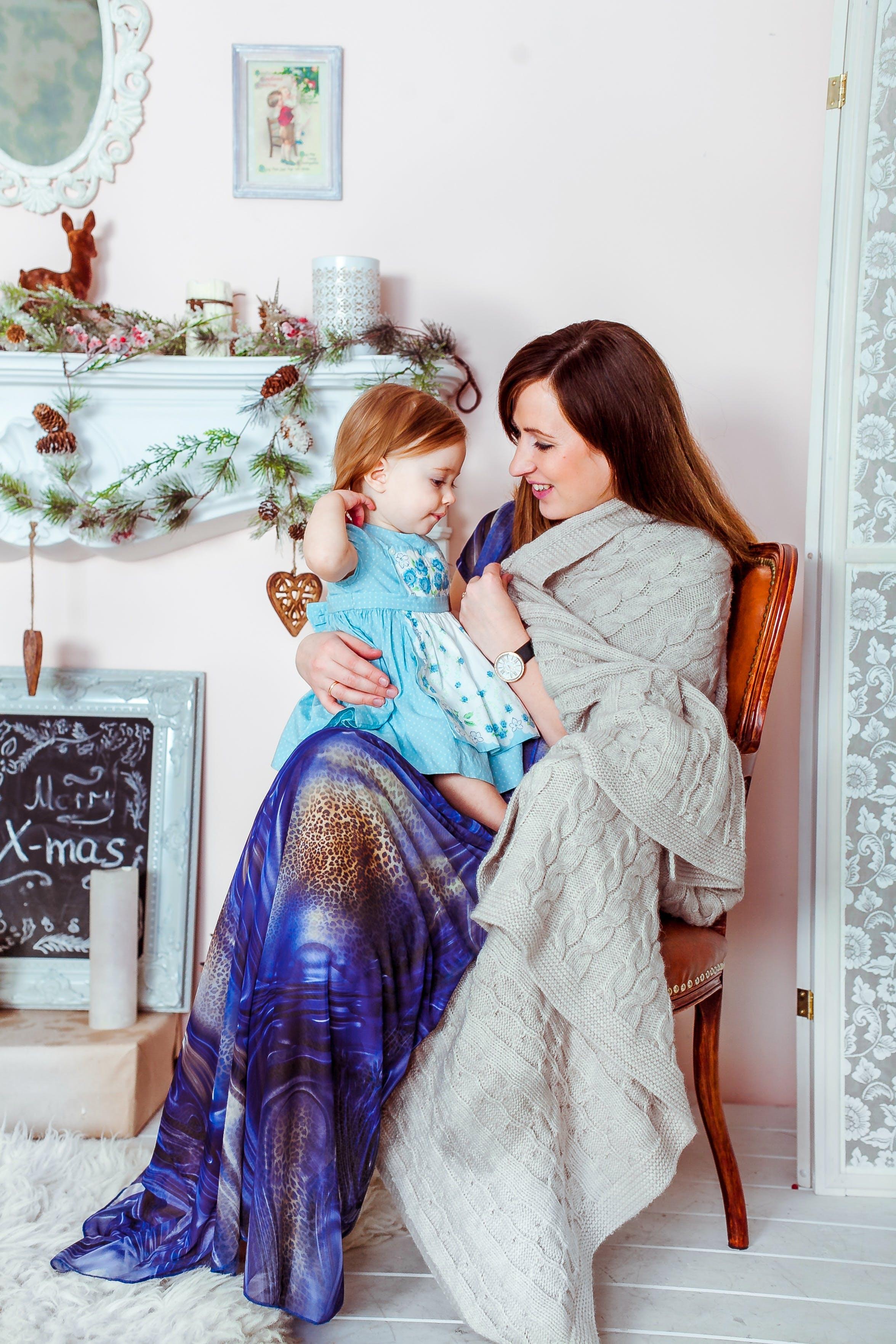 Kostenloses Stock Foto zu baby, babysitten, babysitter, bilderrahmen