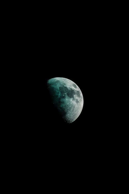 Wallpaper Background Hitam HD - Bulan
