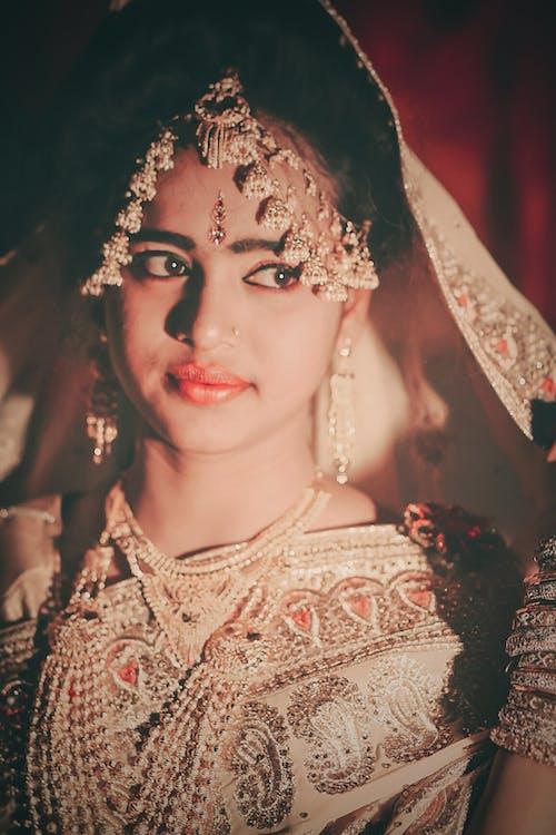 Безкоштовне стокове фото на тему «весілля, вродлива, вуаль, Гарний»